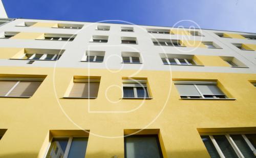 Renovierungsbedürftige 5-Zimmer-Wohnung mit Donaublick!