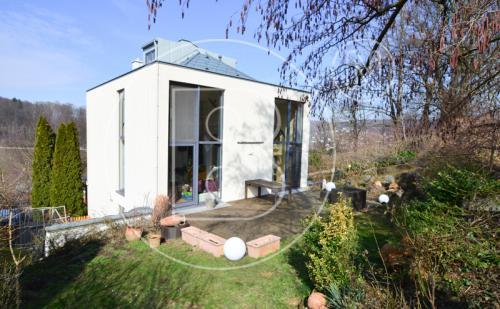 Loftartiges Einfamilienhaus in Grünruhelage!
