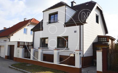 Altes Einfamilienhaus bzw. Baugrund in guter Lage!