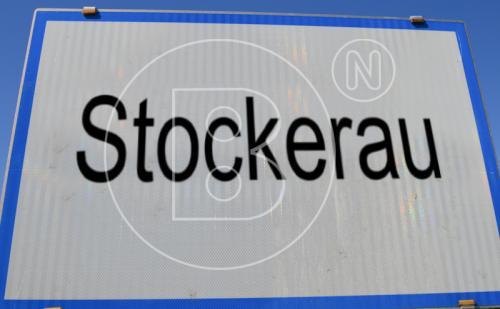 Attraktiv gewerblich vermietetes Zinshaus im Zentrum von Stockerau!