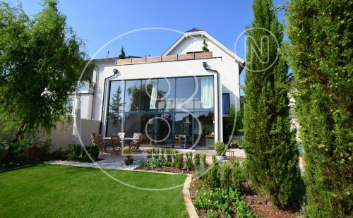 Phantastisches Einfamilienhaus mit Panoramafernblick!