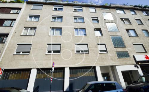 Renovierungsbedürftige 3-Zimmer-Wohnung in Toplage!