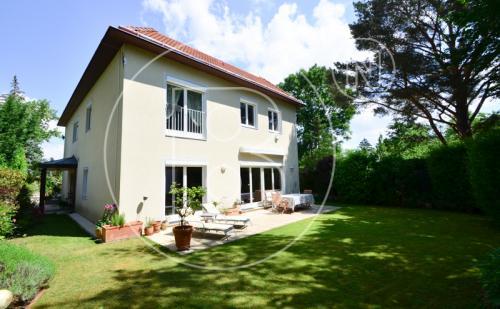 Einfamilienhaus in Maurer Grünruhelage!